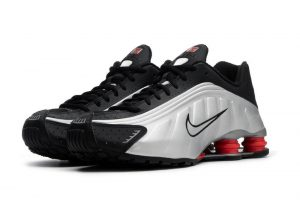 nike shox features