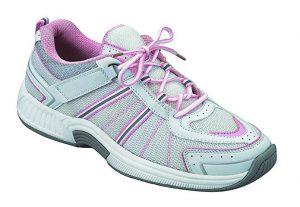 comfortable walking shoe