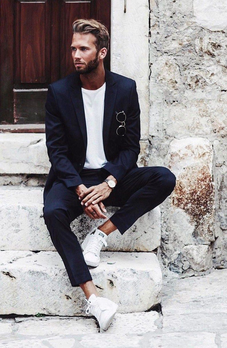 Tennis shoes to wear with suits - How
