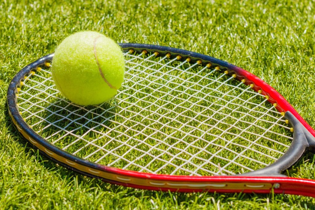 best tennis racket in 2020